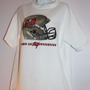 NFL Tampa Bay Buccaneers T shirt size L large